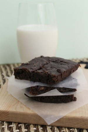Easy Zucchini Brownies